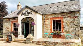 The Auld Bank, Gortin