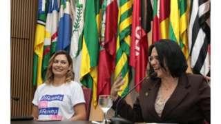 Primeira-dama Michelle Bolsonaro e ministra Damares Alves