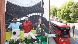Artist Jody Thomas' mural in London