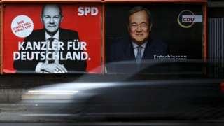 Alemanha vai às urnas neste domingo; social-democrata Olaf Scholz (esq) tem pequena vantagem sobre Armin Laschet, do partido de Merkel