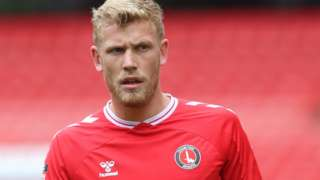 Jayden Stockley in action for Charlton