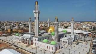 La mosquée, Massalikul Jinaan