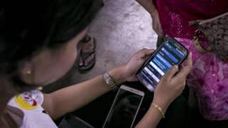 စမတ်ဖုန်းကို အသုံးပြုပြီး ဒစ်ဂျစ်တယ် အပလီကေးရှင်းတွေ လူမှုကွန်ရက် မီဒီယာ အသုံးပြုတဲ့သူတွေ ပိုမို များပြား လာခဲ့ ပါတယ်။