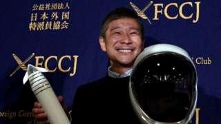 前泽友作公开征求8名团员和他一起绕月飞行(Getty Images)