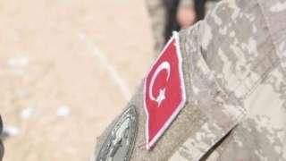 Турция заявляет, что направила своих военных в Идлиб, чтобы предотврать столкновения между повстанцами и правительственной армией