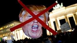 Протест у Бранденбургских ворот