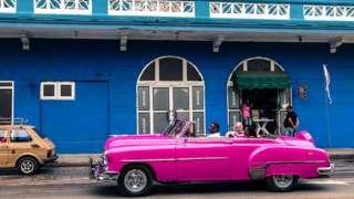 Küba, ekonomisinin büyük çoğunluğunu özel sektöre açıyor