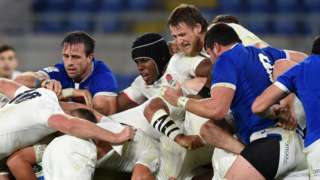 England scrum against Italy
