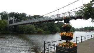 Queen's Park Bridge, Chester crossing the River Dee