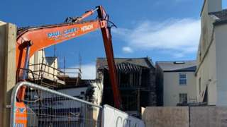 Auldyn House demolition