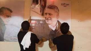 Nabil Karvi'nin destekçileri, cezaevindeki adaylarının seçim kampanyası için çalıştı