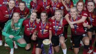 Manchester United celebrate promotion