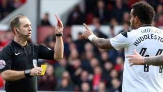 Derby's Tom Huddlestone is sent off at Nottingham Forest