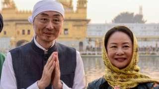 ভারতে নিযুক্ত চীনা রাষ্ট্রদূত সুন ওয়েডং ও তার স্ত্রী