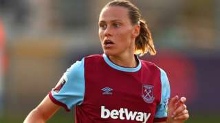 Emily van Egmond in action for West Ham Women