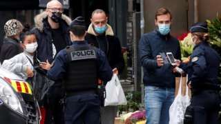 Police check in Paris as lockdown takes effect, 30 Oct 20