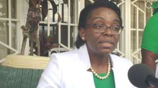 Victoire Ingabire avuga ko amafaranga yo mu bwisungane bwo kwivuza acungwa nabi - ibyo leta ihakana
