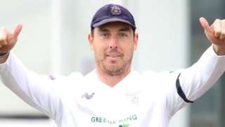 Kyle Abbott got the first of the two wickets Hampshire needed to secure victory at Leicester