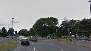 Tushmore roundabout