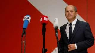 Sosyal Demokratların lideri ve başbakan adayı Olaf Scholz
