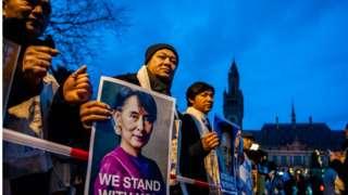 ပြည်ပရောက်မြန်မာတွေ ပြန်လာဖို့ အစိုးရ ဖိတ်ခေါ်ချက် အပေါ် သုံးသပ်ချက်များ
