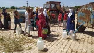 Mardin'de elektrik verilmeyen köylülerin içme suyu da kesildi
