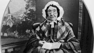 Mary Ann McCracken as an older woman