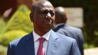 Icegera c'umukuru w'igihugu wa Kenya William Ruto (kw'ifoto) ntacana uwaka na Perezida Uhuru
