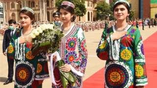 Тожикистонда Ўзбекистон президентини кутиб олиш маросими