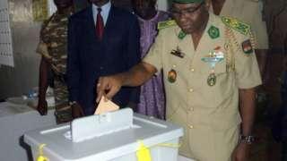 Salou Djibo ,Général à la retraite, a été choisi par son parti comme candidat aux élections de décembre prochain au Niger