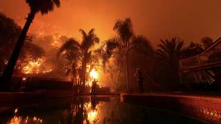Casa da Califórnia com incêndio
