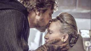 Mark Hamill and Carrie Fisher in Star Wars: The Last Jedi