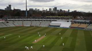 Edgbaston was under cloud cover for a second day for Warwickshire's meeting with Derbyshire