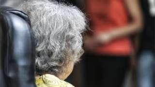 一位患有早期阿爾茨海默症的老太太(資料圖片)