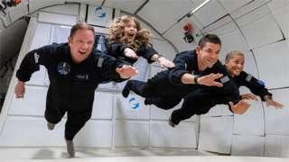 Семборскі, Арсено, Айзекман та Семборскі ще пів року тому жили своїм звичним життям, а невдовзі вони повноцінно вийдуть на орбіту Землі