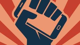 Ilustração de braço erguendo celular