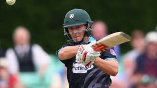 Joe Clarke of Worcestershire pulls a delivery