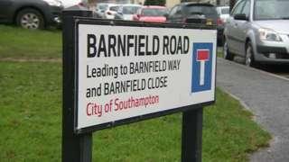 Barnfield Road