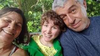 Carola e os pais, Sérgio e Graça Maduro