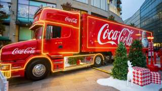 Coca-Cola is to cut about 2,200 jobs in its global workforce.