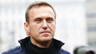 Alexei Navalny fell ill when flying from Moscow to Tomsk