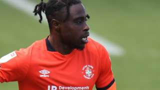 Pelly-Ruddock Mpanzu in action for Luton