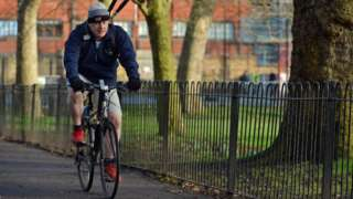 Boris Johnson cycling in 2013