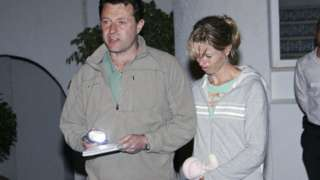 Gerry and Kate McCann speak to the press on 4 May 2007 at the Ocean club apartment hotel in Praia de Luz in Lagos.