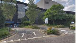 Milton Keynes theatre car park