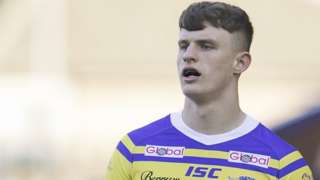Ash Handley in action for Leeds Rhinos