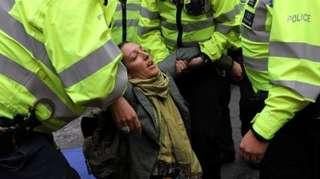 لندن در تسخیر شورشیان