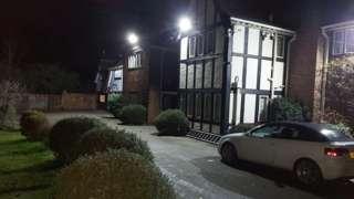 Knoll House, Bury Road