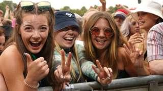Festivalgoers at Tramlines