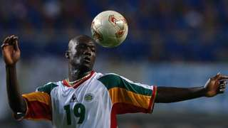 Pape Bouba Diop playing for Senegal against France, 2002